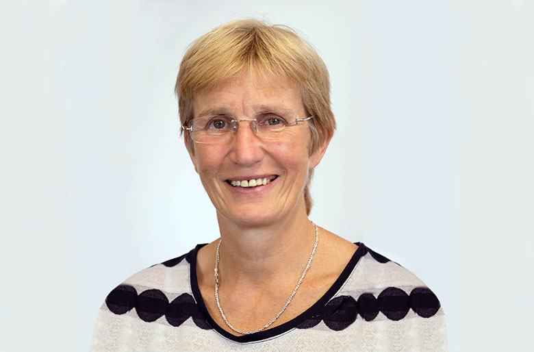 Dr Anne Connolly